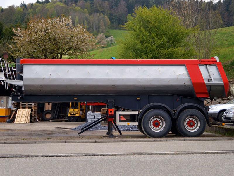 Blum_Transport_Grossdietwil_Carnel